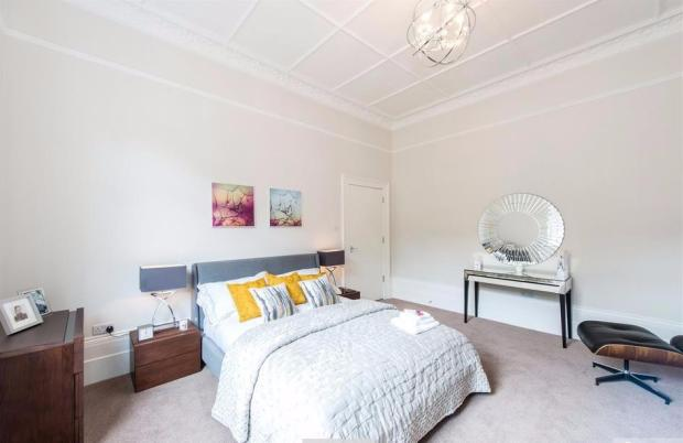 Finchley Rd bedroom