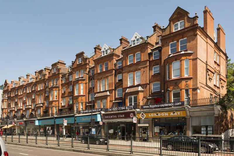 Finchley Rd frontjpg