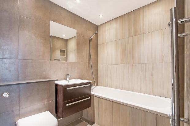 Lavington Bath 3_hi_