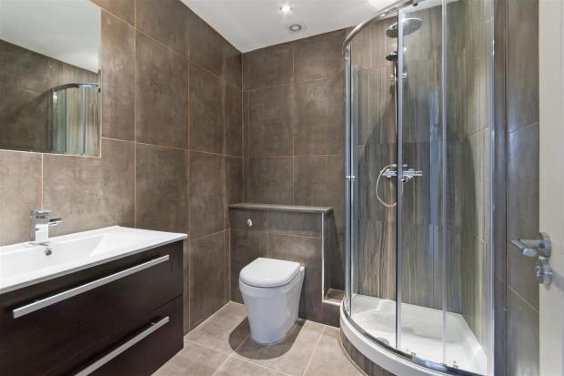 Lavington Bathroom 2