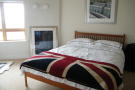 3 bed Apartment in Lacuna, Cardiff Bay