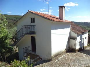 3 bed Village House for sale in Oleiros, Beira Baixa