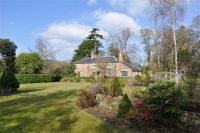 5 bed Detached property for sale in Frensham, Farnham