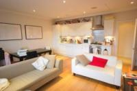 Flat to rent in 205 Balham High Road...