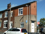 Flat to rent in Leonard Street, Burslem