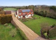 5 bed Detached house for sale in Green Lane, Eaton Bray...