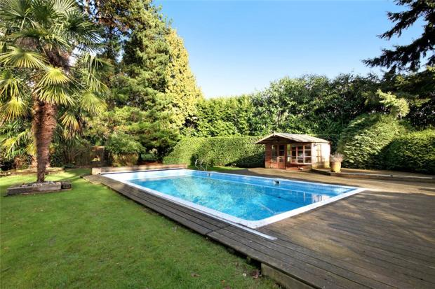 7 Bedroom Detached House For Sale In The Common Potten End Berkhamsted Hertfordshire Hp4 Hp4