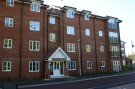 Flat to rent in Winnipeg Way, Cheshunt...