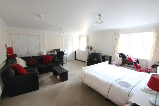 7 - Bedroom 5 Sharpw