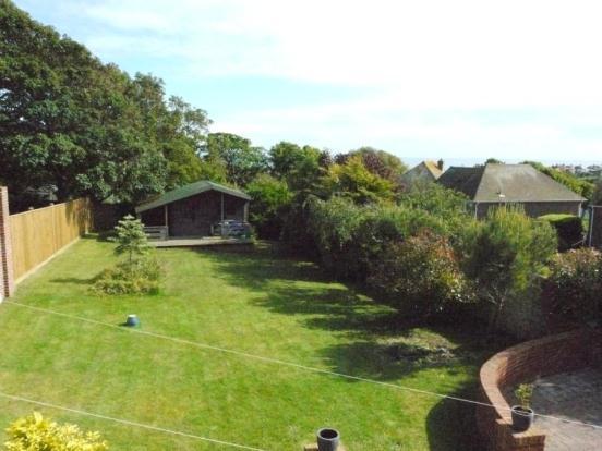 14 - Garden View Shw