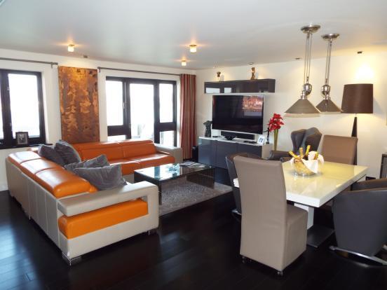 Lounge 2