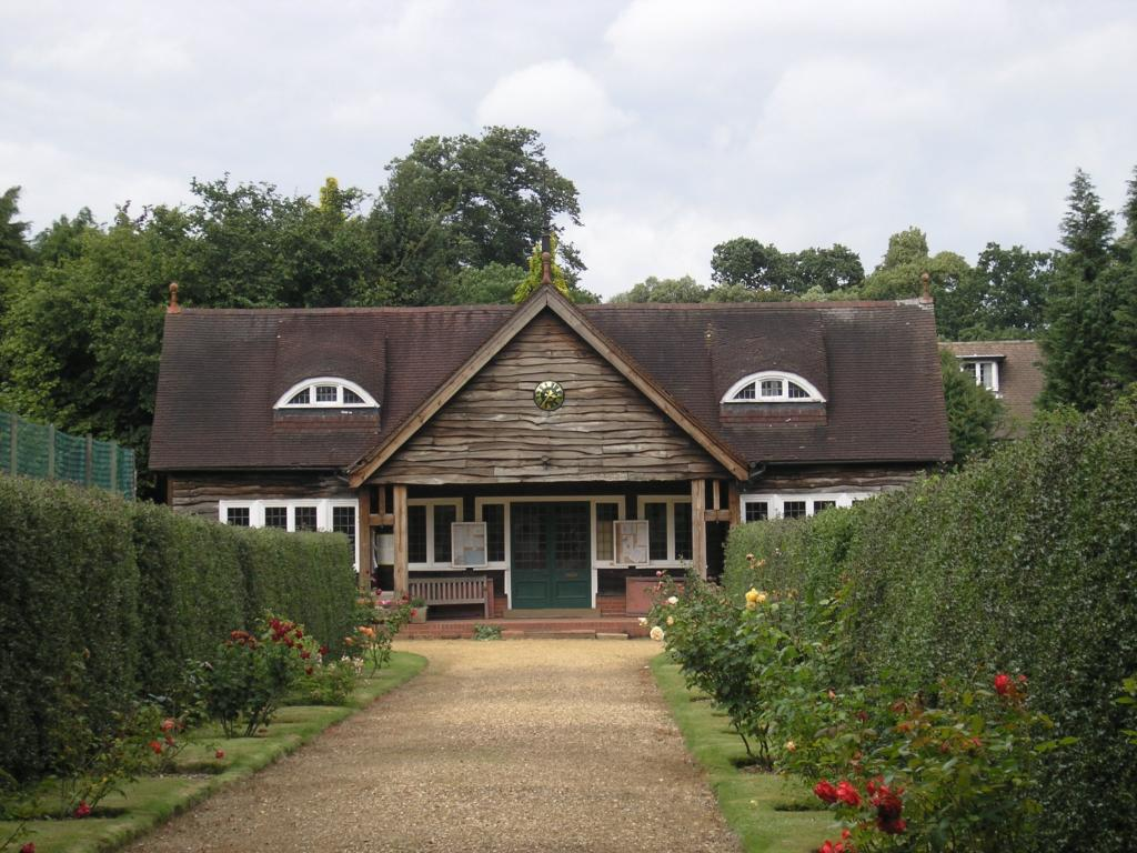 Residents Gardens 2
