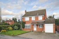 4 bedroom Detached house for sale in Tadley, Hampshire