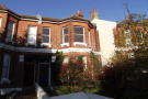 Maisonette to rent in Close to Fiveways...