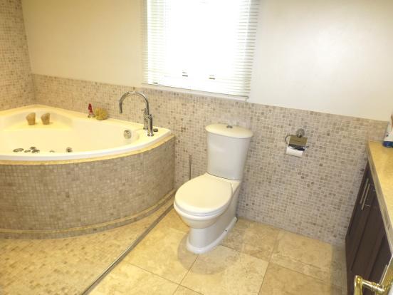 Master suite wet room