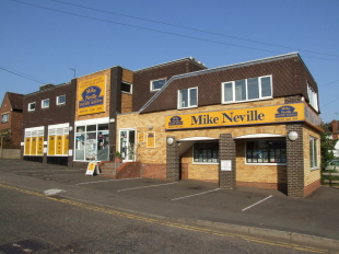Mike Neville Estate Agents, Rushden- Lettingsbranch details