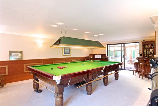 Games/Snooker Room