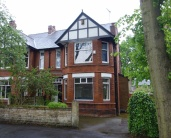 5 bedroom semi detached property in Victoria Avenue...