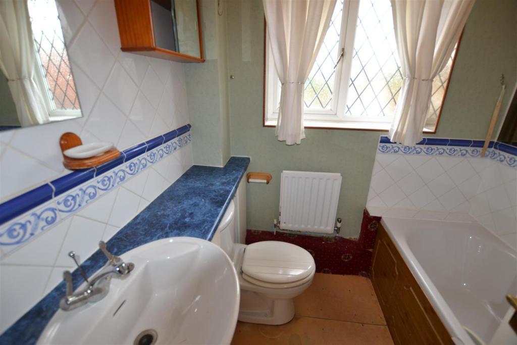 Bathroom & W.C