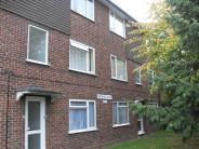 Stanwell Road Ground Flat to rent