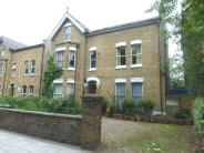 Flat to rent in Hanger Lane, Ealing