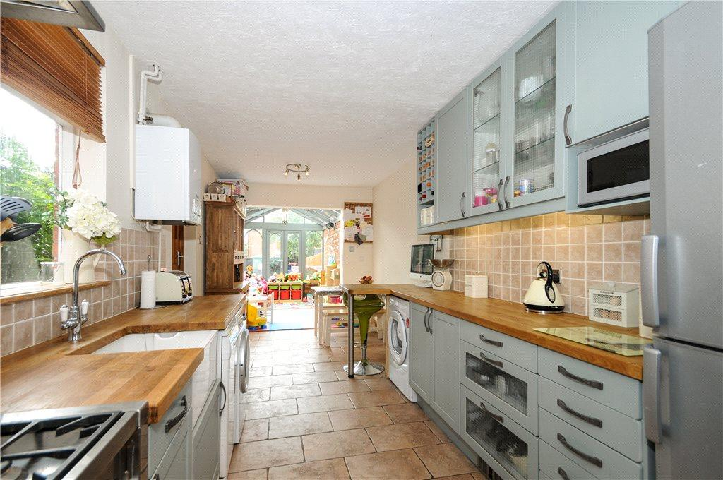 Kitchen/Conservatory