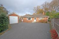 3 bed Detached Bungalow in Fleet