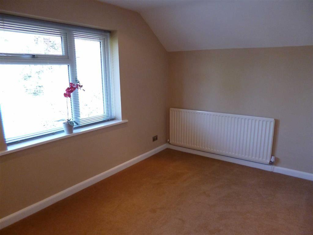 Bedroom 3 - Front -