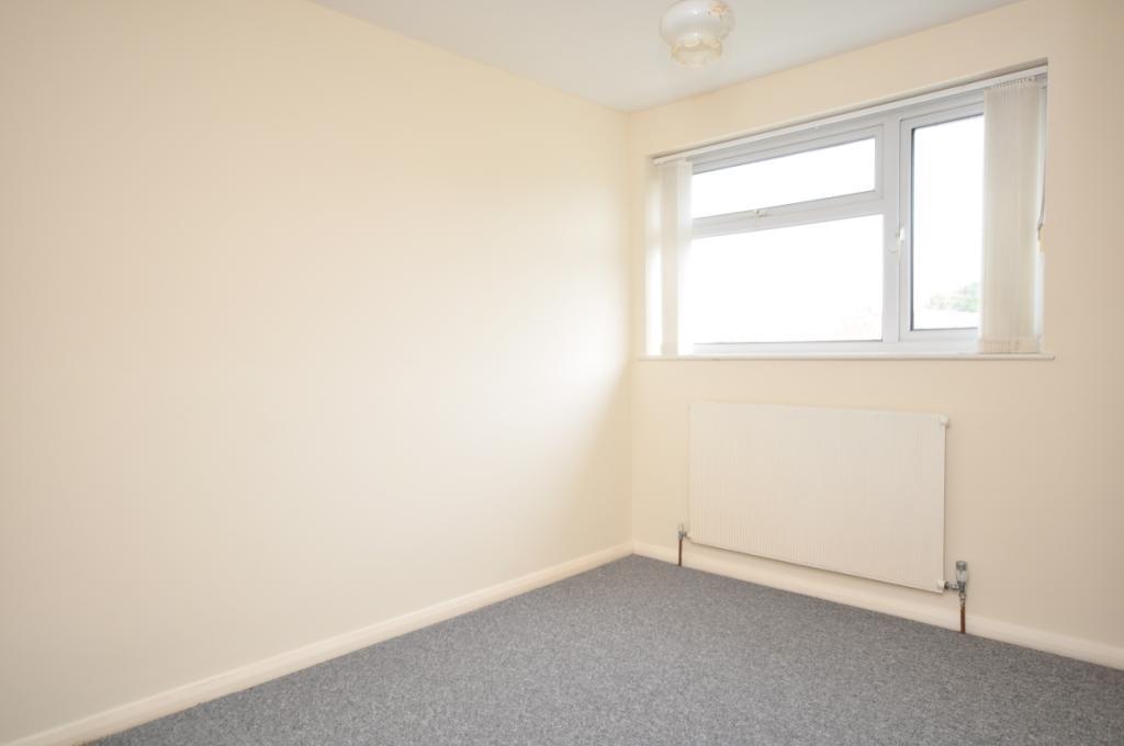 nash close bedroom 2