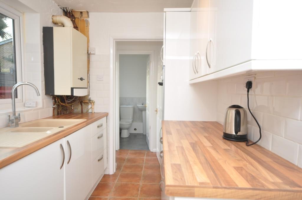 bowes road kitchen 1