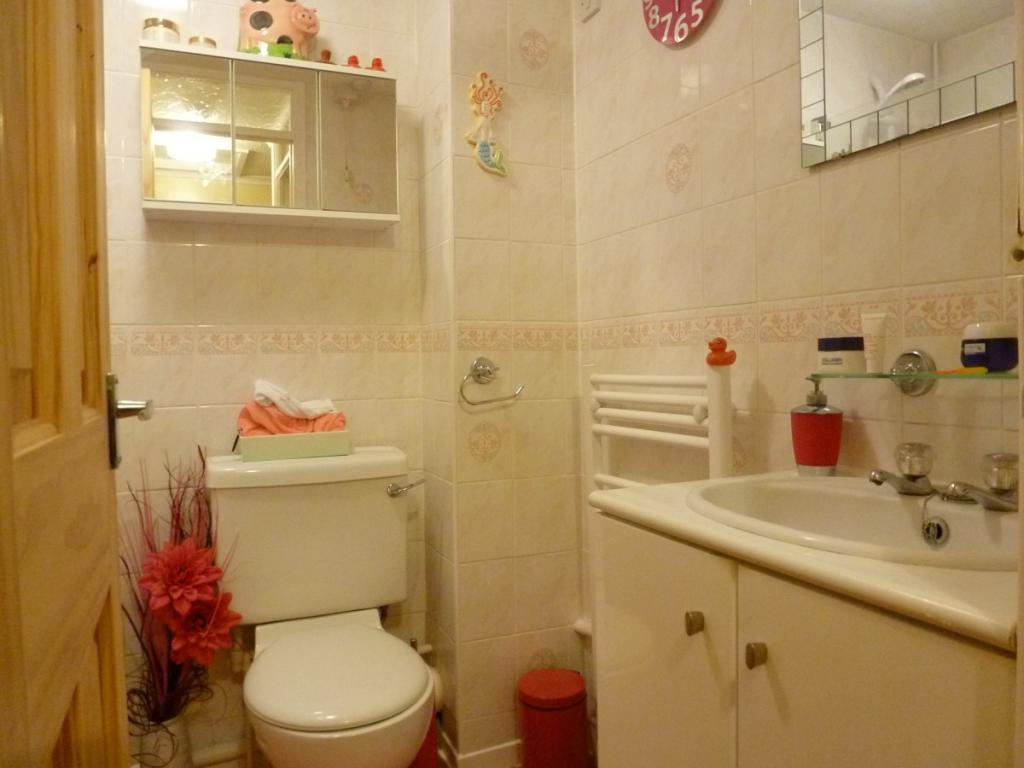 52 Heritage bathroom
