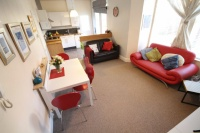 2 bed Apartment in Machen Place, Riverside...