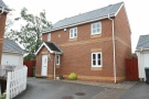 3 bedroom Detached house to rent in Ragnall Close, Thornhill...