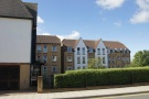 Flat for sale in Bellingham Lane...