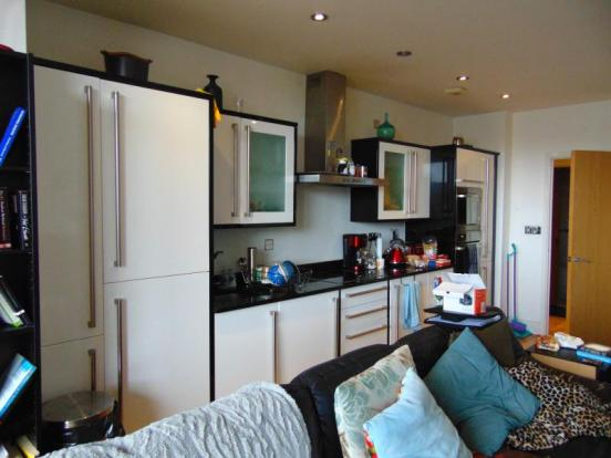 2 bedroom apartment for sale in the orb 3 tenby street for Bedroom apartments birmingham