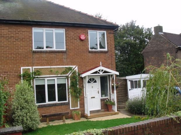 3 bed semi detached home in Woodside Road...