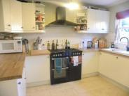 4 bed Flat to rent in Vassall Road, London SW9