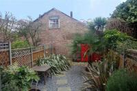 1 bedroom Flat in Cowdrey Road, London SW19