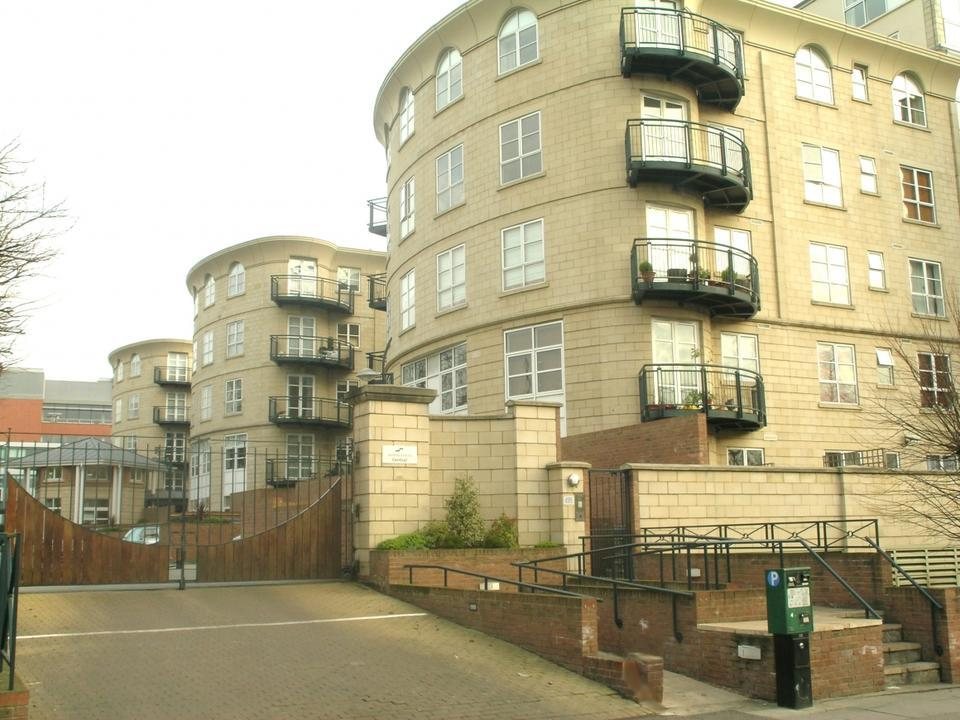 1 Bedroom Flat To Rent In Wimbledon Central Worple Road London Sw19 Sw19