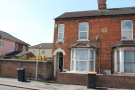 4 bed semi detached house to rent in Fosterhill Road, Bedford...