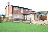 4 bed Detached property for sale in Church Lane, Oakley, MK43
