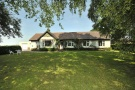 3 bed Detached Bungalow in Oak Road...