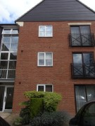 2 bed Ground Flat in Howard Road...
