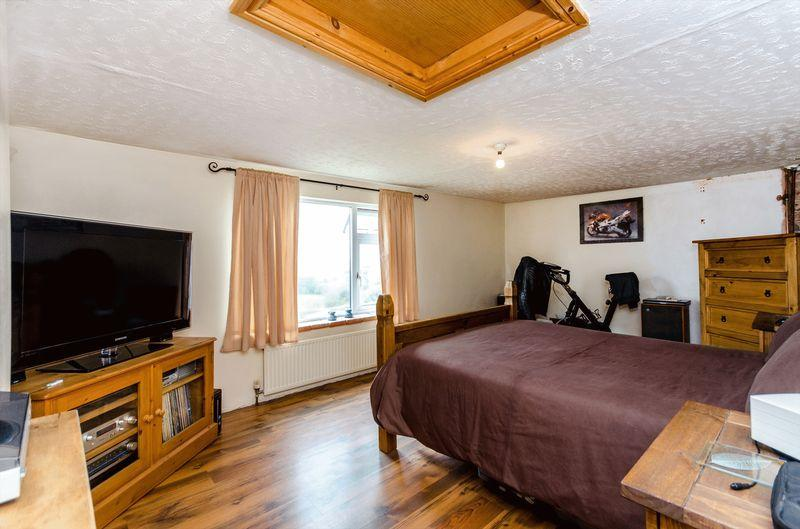 3 bedroom detached house for sale in main road east keal - Average cost to move a 3 bedroom house ...