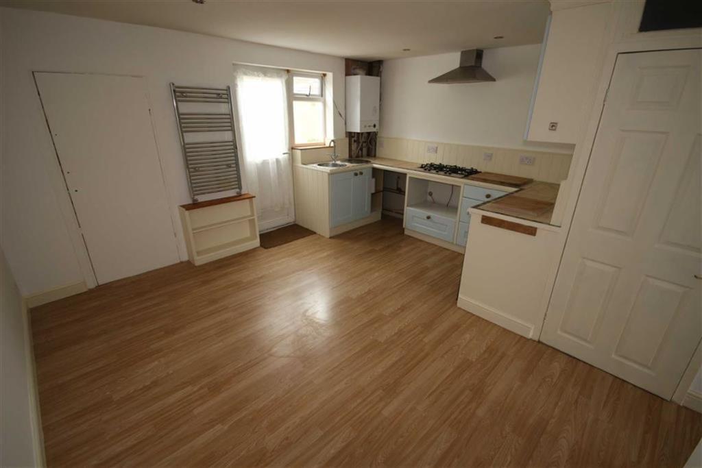 Lounge/Kitchenette: