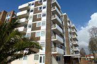 2 bedroom Flat in Pembroke Court...