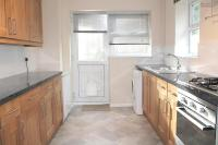 3 bed property to rent in Burchetts Close...