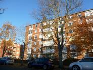 Flat to rent in Heatherley Court...