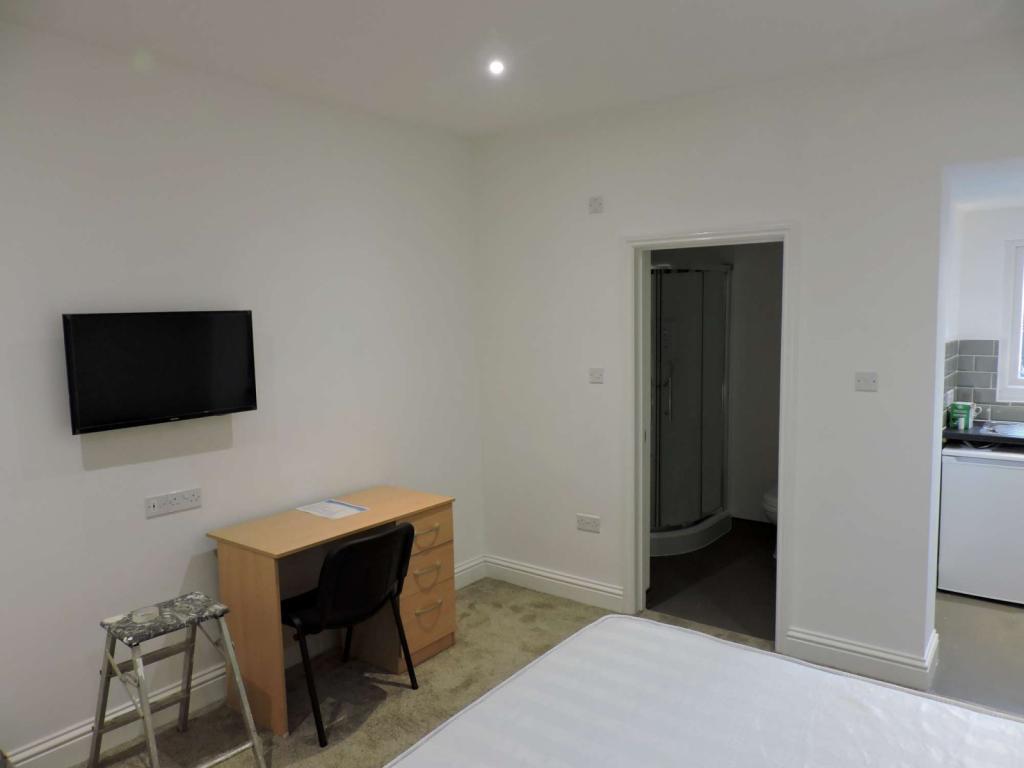 Bedroom area image 2