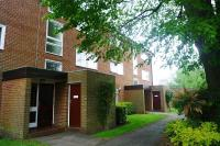 1 bed Flat in Tidenham Gardens...